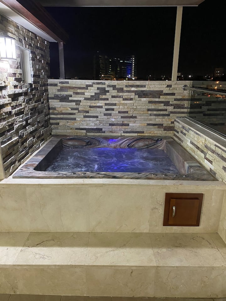 Your Place in Stgo 3|Jacuzzi|OpenTerrace|R-Roof|AC