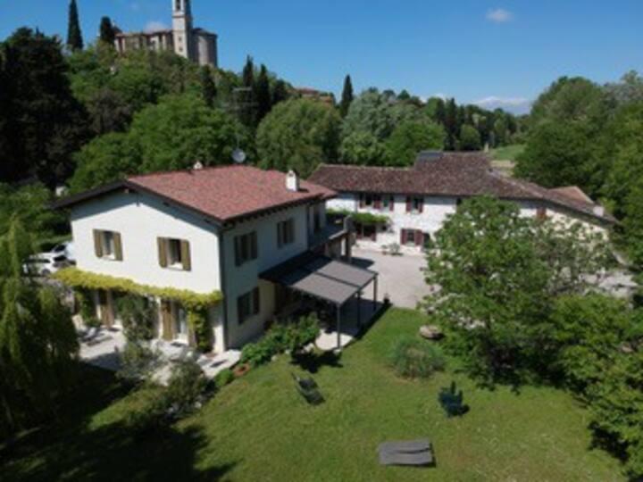 L'Isolo casa vacanza vicinanze lago di Garda
