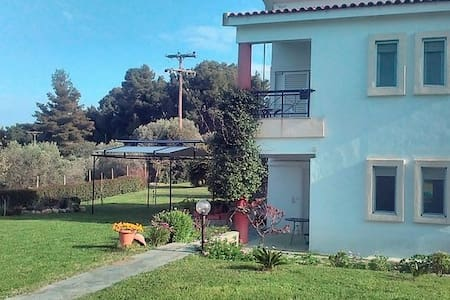 COZY HOUSE IN A QUIET NEIGHBORHOOD PALIOURI REGION - Paliouri