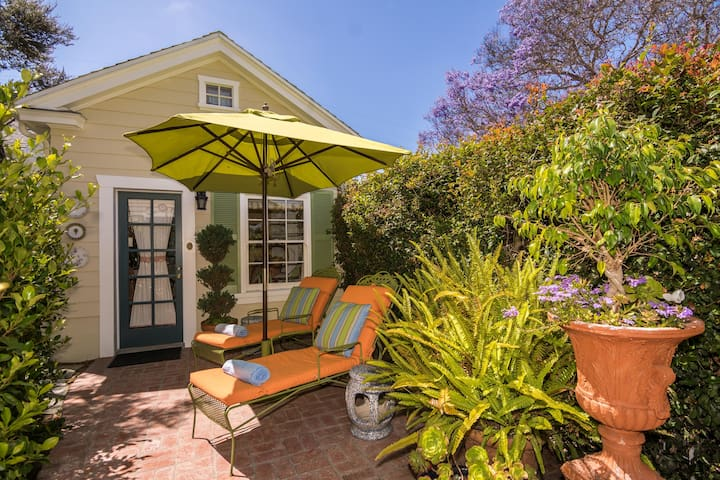 Historic Point Loma Cottage with Loft