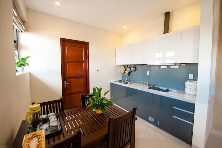 Lovely Penthouse, Beach Area, with Breakfast
