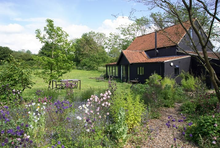 Fabulous character converted barn - Norfolk - House