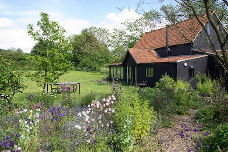 Fabulous character converted barn - Norfolk