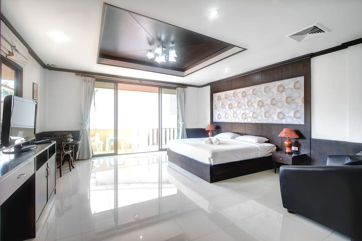 1 Kingbed Room @ Panwa Guestroom