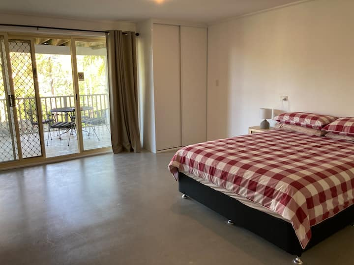 Avoca Beach Guesthouse - home away from home!