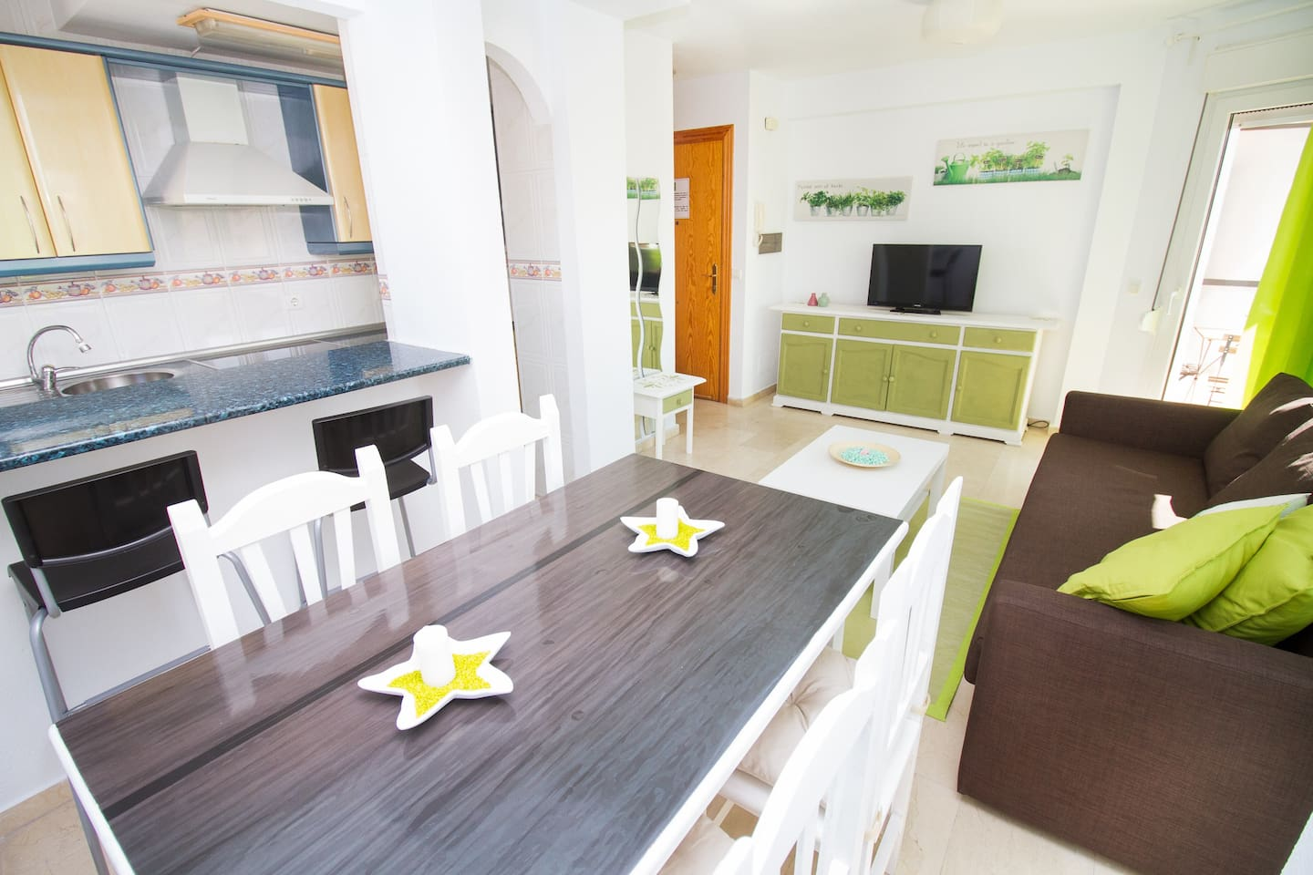 Apartamento Tauro Edificio Morgan 5 E Apartments For Rent  # Muebles Mogar Malaga
