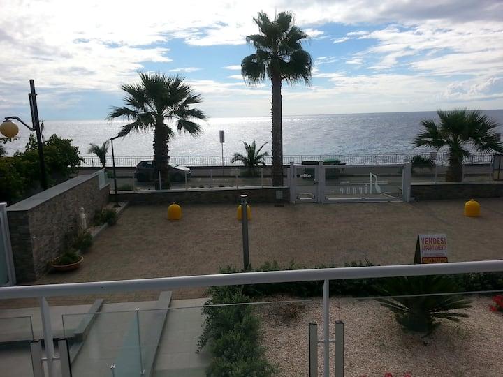 sea view apartment Sant'Alessio