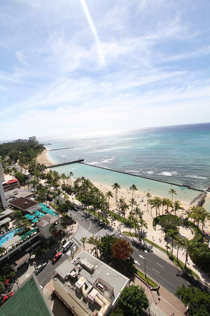 **Professionally Sanitized** Ocean View Studio w/Full Kitchen & Free Parking! - Foster Tower Ocean Studio on the 22nd Floor