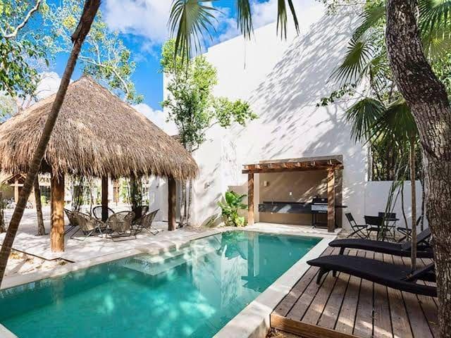 CASA LUCE - Luxury Eco-Chic Villa -  w/JACUZZI