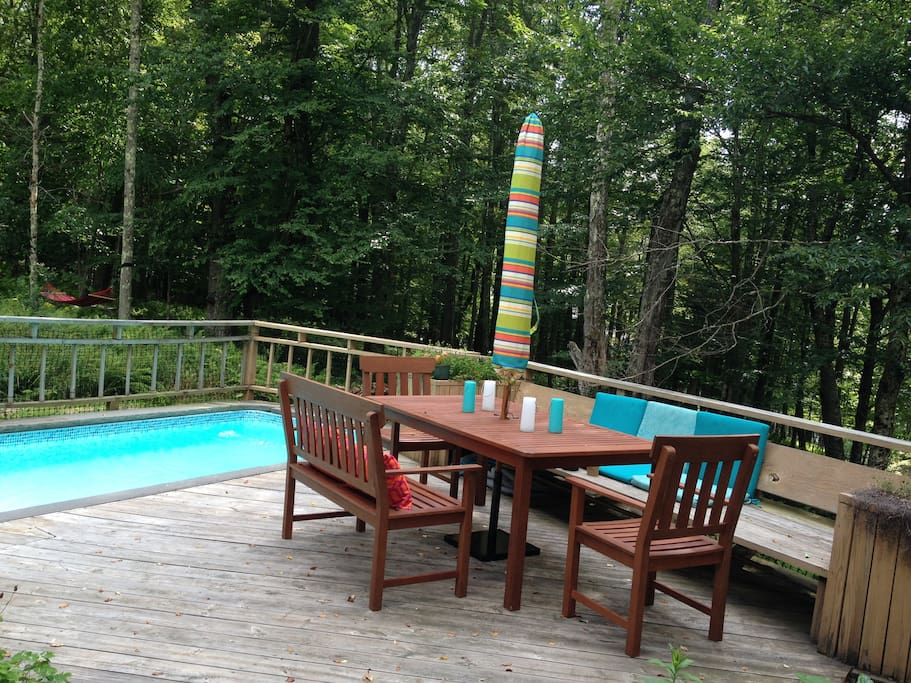 Poolside dining area on the deck.