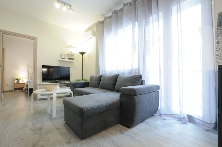Lux  modernised apartment close to Aristotelous sQ