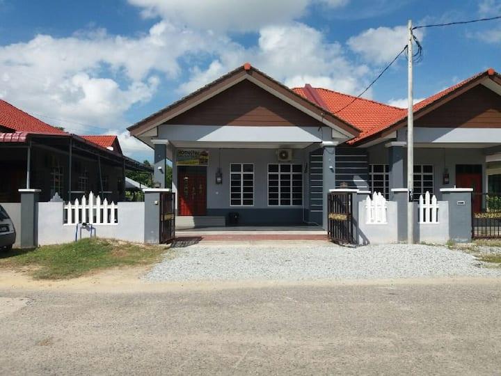 Homestay Kuala Terengganu Ada Kolam