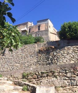 Le réveil des pierres - Pietralba - Talo