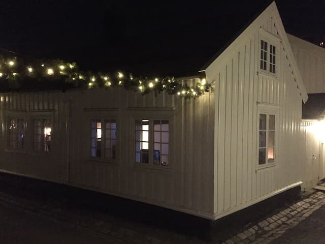 Authentic wooden house in Trondheim - Trondheim - Hus