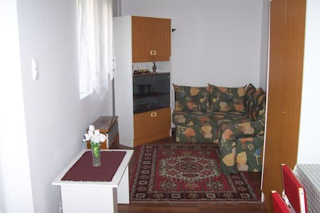 studio flat to let - Budapeste