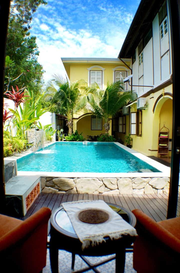 Casugria Melaka Dutch -  Couple Pool Chalet 2 pax