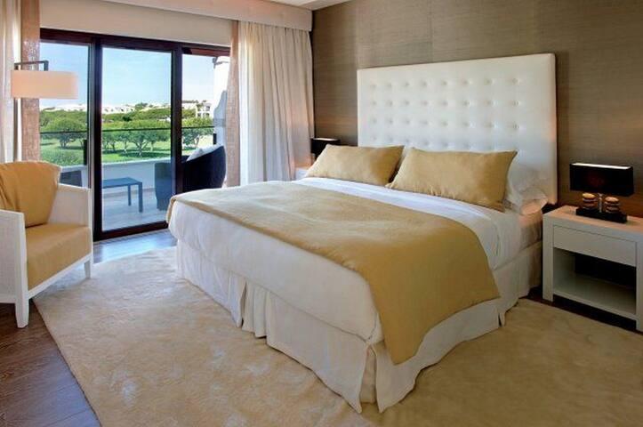 4 BEDROOM VILLA DELUXE WITH POOL IN FALESIA BEACH - Albufeira - Villa