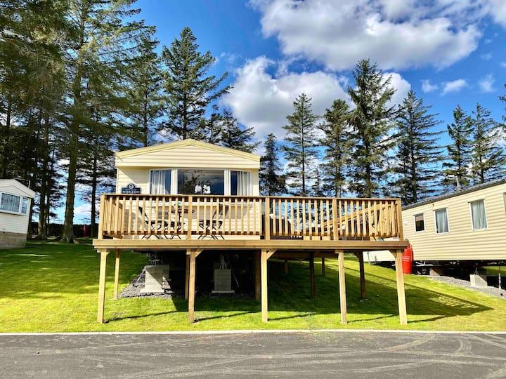Spacious rural static caravan with outdoor space