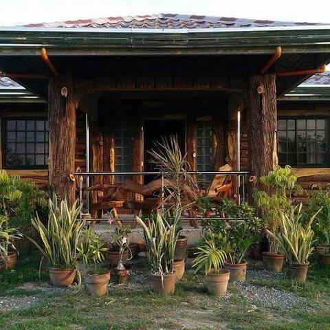 Vievan's Transient House