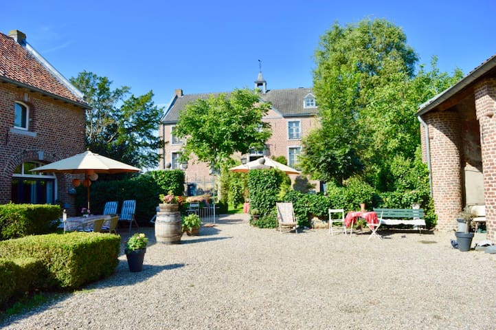 Chateau Holtum - Holtum - Bed & Breakfast