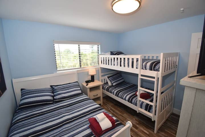 This is the 2nd bedroom.  It has a queen bed and bunk beds.