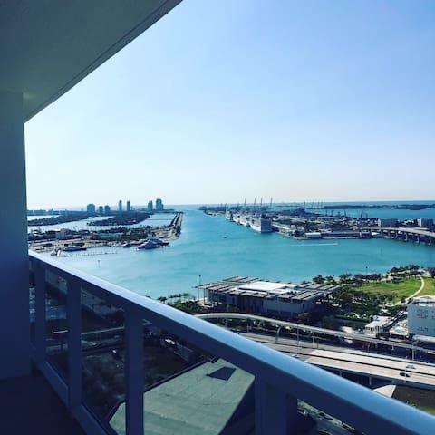 Comfortable room in Downtown Miami - Miami - Huis
