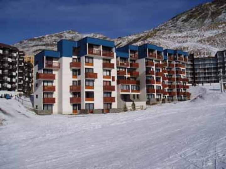 OLYMPIC -  4 personnes skis aux pieds Val Thorens
