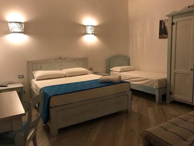 Aragonite room  spaziosa raffinata comoda.