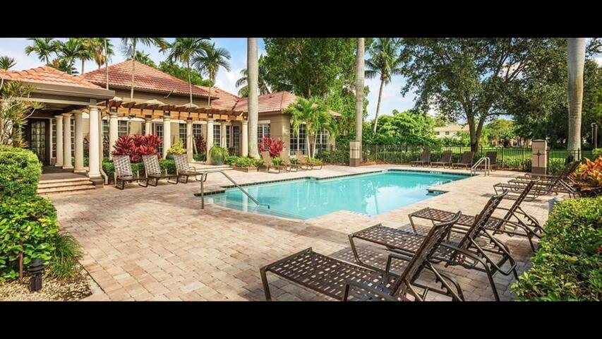 private room in coral springs no cleaning fee