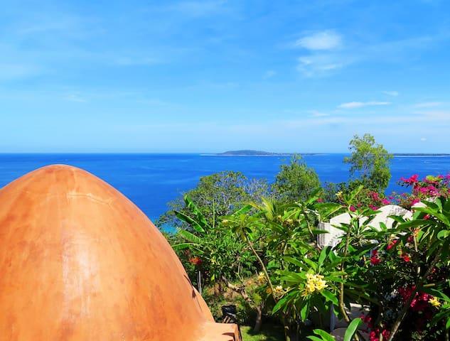 Cozy 1 bdrm Unique Dome, Mentigi Bay Lombok