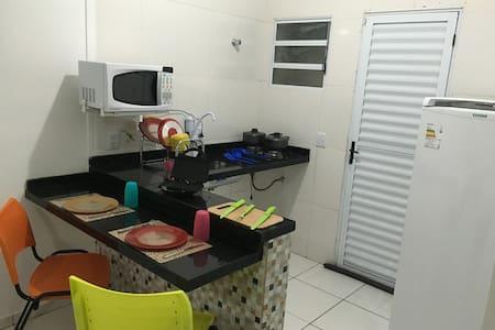 Apartamento com cozinha, garagem e churrasqueira 3 - Bertioga - Apartment