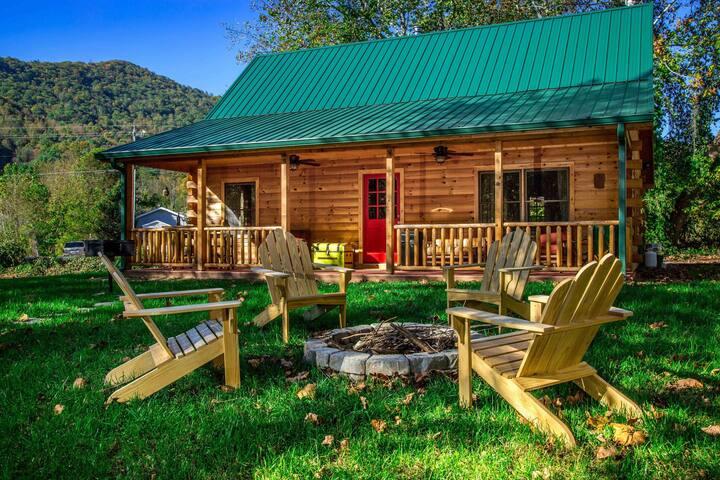Creekside Log Cabin Close To Asheville - Weaverville - Blockhütte