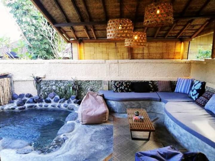 Bohemian design Villa in Nyuh Kuning