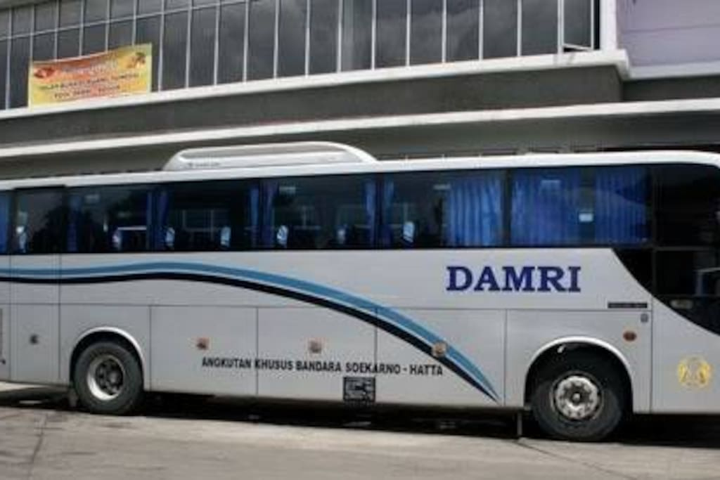 Bus Damri for easy access from/to Soekarno Hatta International Airport