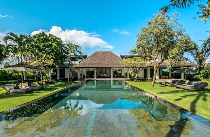 55% OFF Stylish Villa in Seseh w/ River Stone Pool