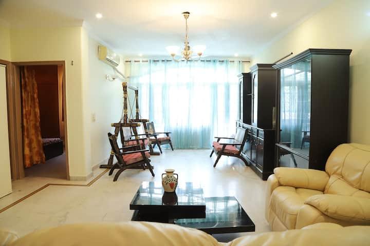 Spacious & Luxurious Home w/ Enormous Living Area
