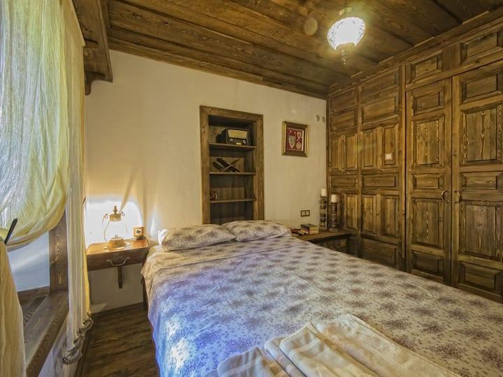 Sandik Odasi - Yeni Gelin Evi Birgi