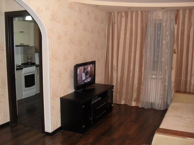 Квартира посуточно в Донецке, Цирк - Donets'k - Apartamento