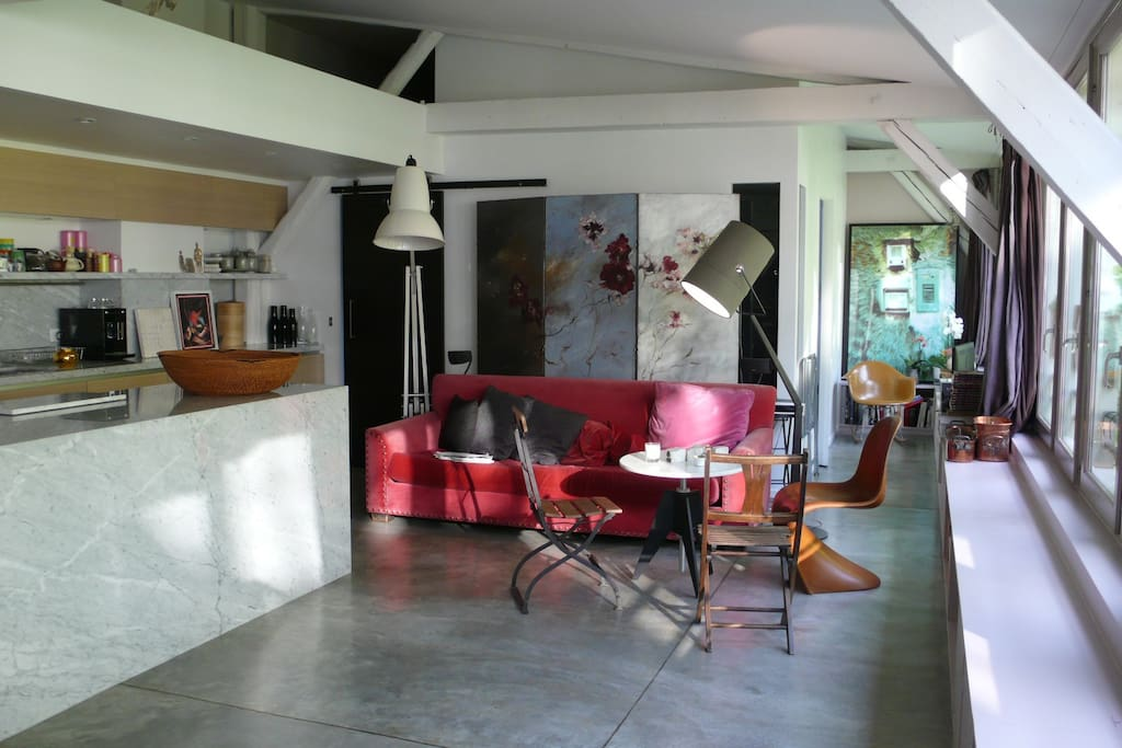 Beautiful loft sunny 100 m2 hype apartments for rent in paris le de fr - Achat loft ile de france ...