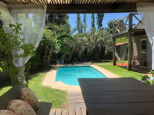 Casa piscina/PuntadelEste/La Barra/Jacuzzi/ AC 3D