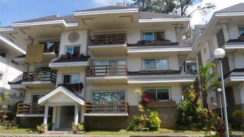 Luxury 5 Bedroom 3 Bathroom Condo (1) Wright Park - Baguio - Apartment