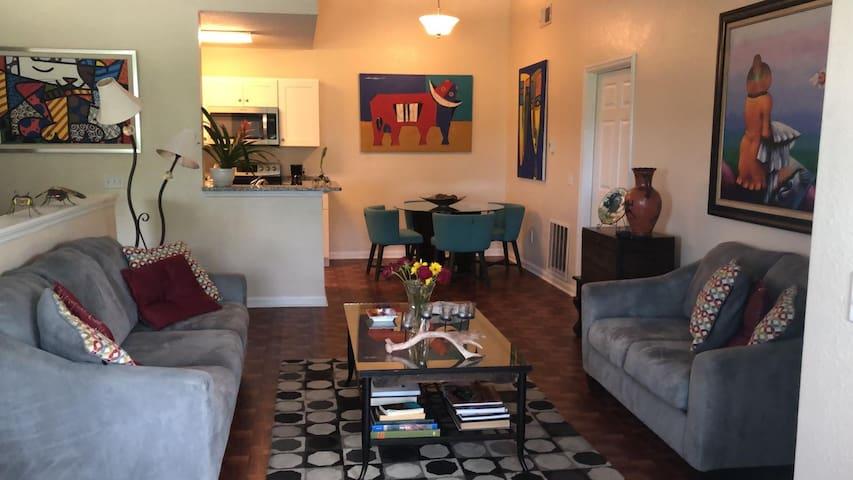 Cozy Orlando Apartment