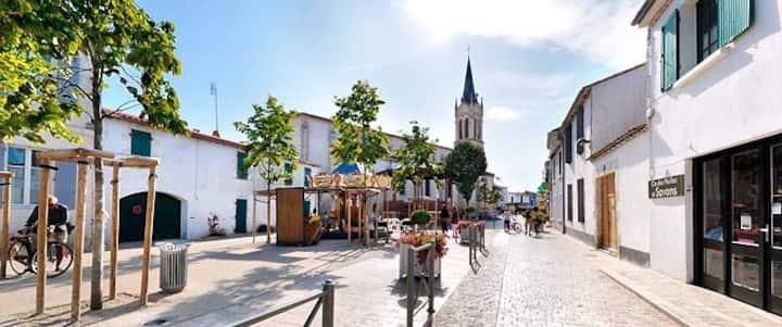 Centre Couarde rue Piétonne & Plage