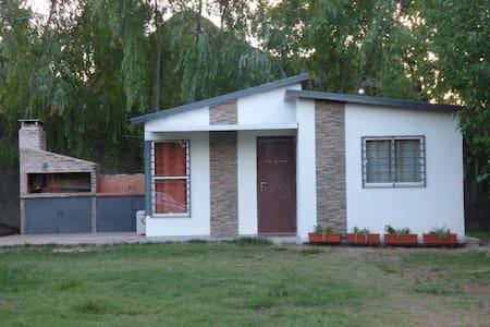 Casa Familiar en Termas de Dayman, Salto, Uruguay
