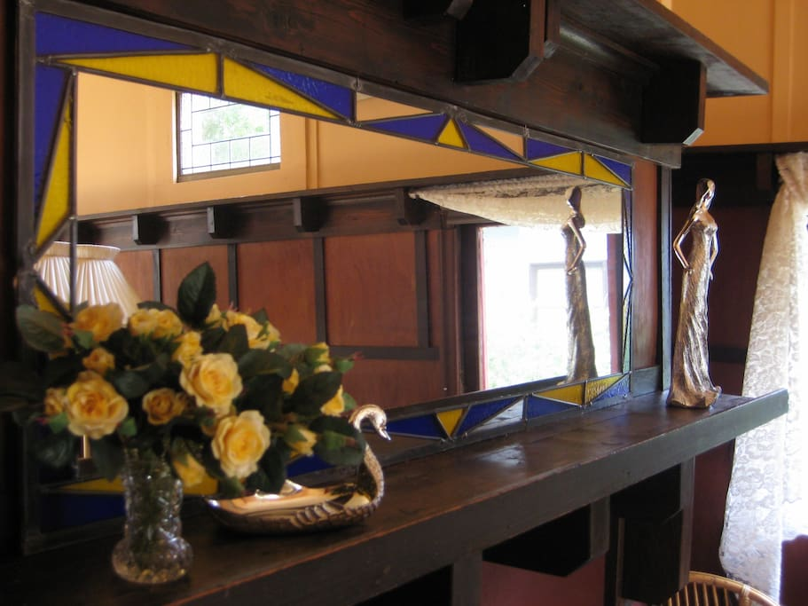 1930s Lounge room mantle piece