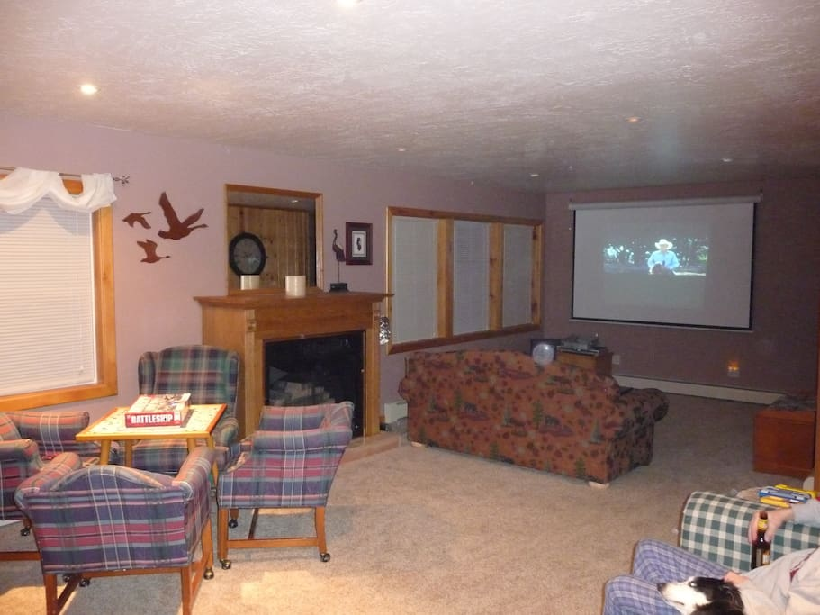 """Living Room With Projection and 35"""" TV"""