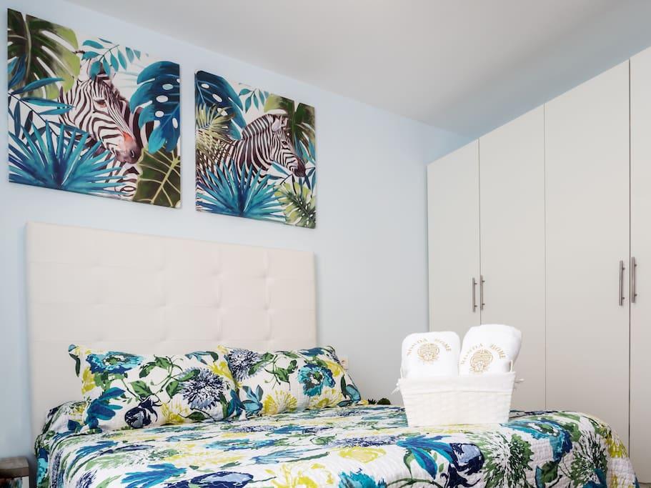 Ronda Home: Habitación privada con baño privado