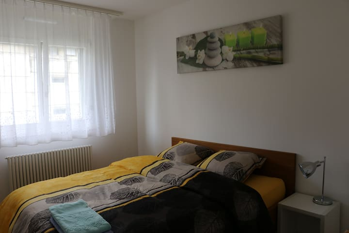 Cozy appartment near city center - Sierre - Apartmen