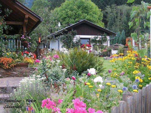 Ferienhaus für Selbstverpfleger  - Gmünd - Casa