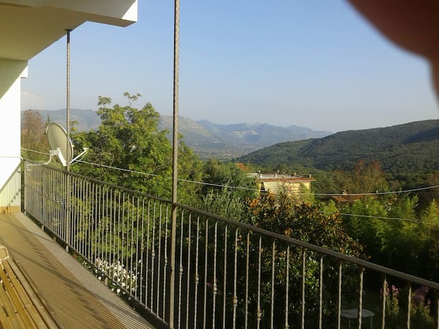 Holiday Roccagorga, Via pozzi - Roccagorga - Leilighet